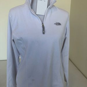 [Item #2] White Fleece North Face Pullover